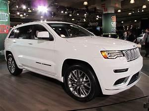 Jeep Grand Cherokee 2017 : 2017 jeep grand cherokee summit revealed live photos ~ Medecine-chirurgie-esthetiques.com Avis de Voitures