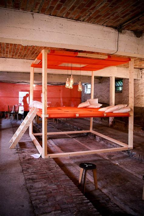 How To Make A Hammock Bed by Best 25 Hammock Bed Ideas On Hanging Beds
