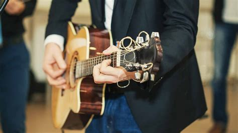 wedding  band cost hire prices