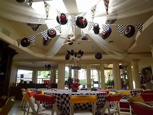 Dreamark, Events, Blog, Disney, Cars, Theme, Decor, With, Cars, Balloon, Sculpture, And, Balloon, Column