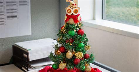 deck  tabletops  christmas trees tips ideas
