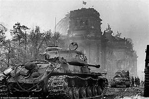 Storming Berlin through the eyes of a WW2 Soviet soldier ...