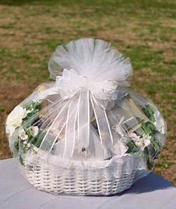 Wedding gift wrapping idea ideas for gift giving for Wedding gift wrapping ideas