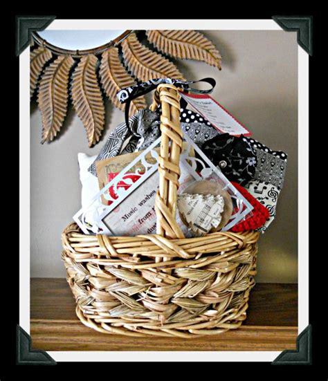 lovers gift basket hospitality gift giving