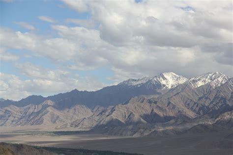 chambre habitant ladakh monastères de la vallée de l indus vacances