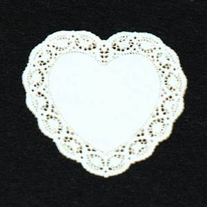 Heart Miniature Lace Doily #26 Stewart Dollhouse Creations