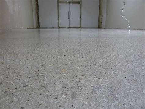 Floor Finishes: Granolithic Floor Finishes