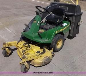 John Deere F510 Lawn Mower