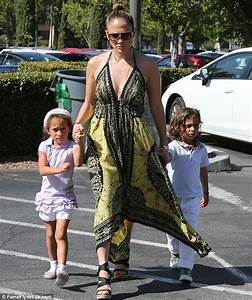 Jennifer Lopez opens up about the pain of her 2011 divorce ...