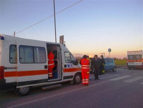 Polizia Municipale Porto Recanati by Schianto Tra Due Auto Quattro I Feriti Cronache Maceratesi