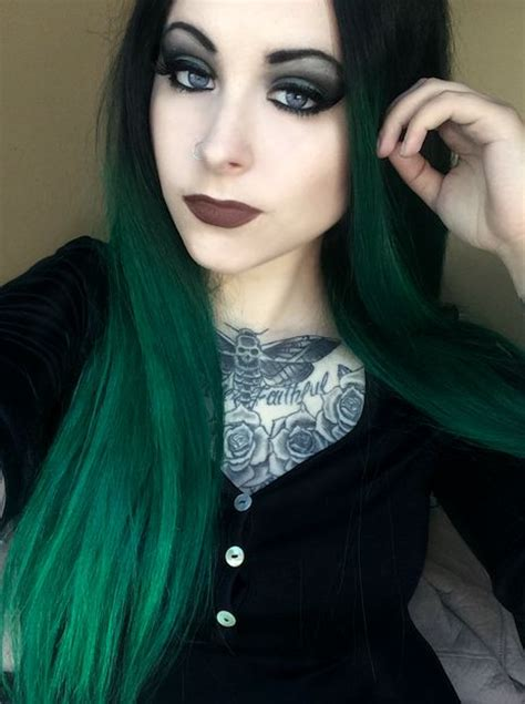 Pin By Skye Huff On Hair And Makeup In 2019 Green Hair