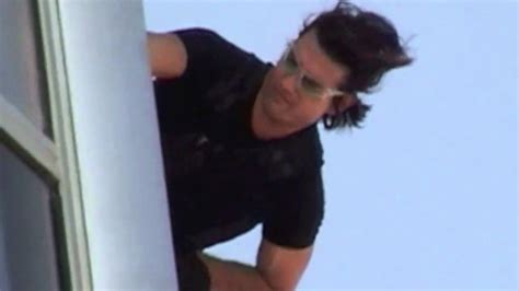 Tom Cruise Burj Khalifa Mission Impossible Ghost Protocol