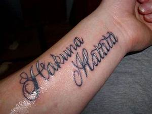 hakuna matata (no worries) tattoo