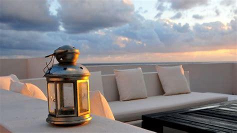 arredamento per terrazzi come illuminare in modo corretto terrazzi e balconi