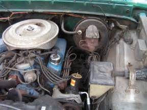 similiar 92 ford f 150 fuel system keywords ford mustang fuel pump wiring in addition 1994 geo tracker fuse box