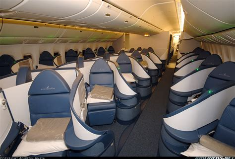 Boing 777 Interior by Boeing 777 232 Lr Delta Air Lines Aviation Photo