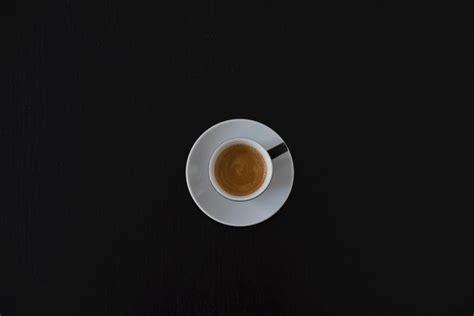 Nosauc produktus, kurus nedrīkst lietot kopā ar kafiju - LifeHacks.lv