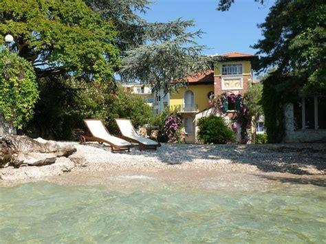 lake side charming villa     private beach