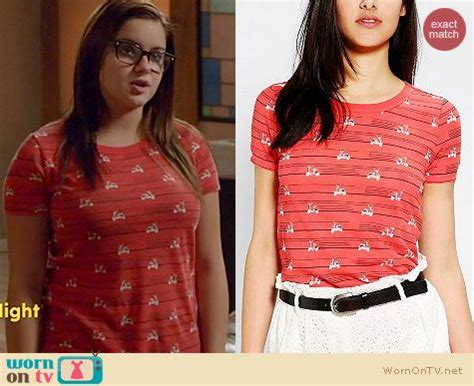 wornontv alex s motor scooter print on modern family ariel winter clothes and