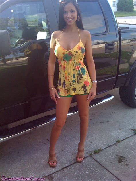 Cute Girl Standing By Truck Picture Ebaum S World