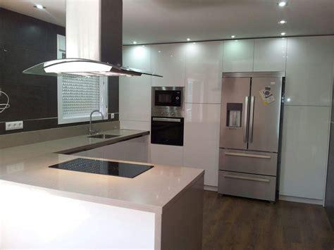 cocina  peninsula espartinas sevilla cocinas decor