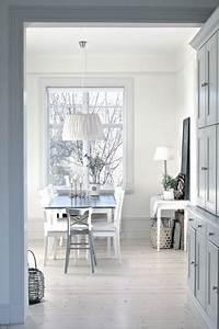 idee deco salle a manger grise et prune des idees With idee deco maison neuve 13 deco salle a manger couleur tendance exemples damenagements