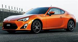 Voiture Sportive Abordable : new toyota gt 86 sports coupe with 2 0 liter engine officially revealed in production guise ~ Maxctalentgroup.com Avis de Voitures