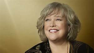 Kathy Bates Returns to 'Mike & Molly' - The Hollywood Reporter  Bates