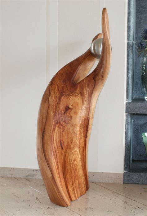 skulpturen aus holz skulptur aus apfelholz mit edelstahlkugel holz skulpturen unikate in 2019 holz