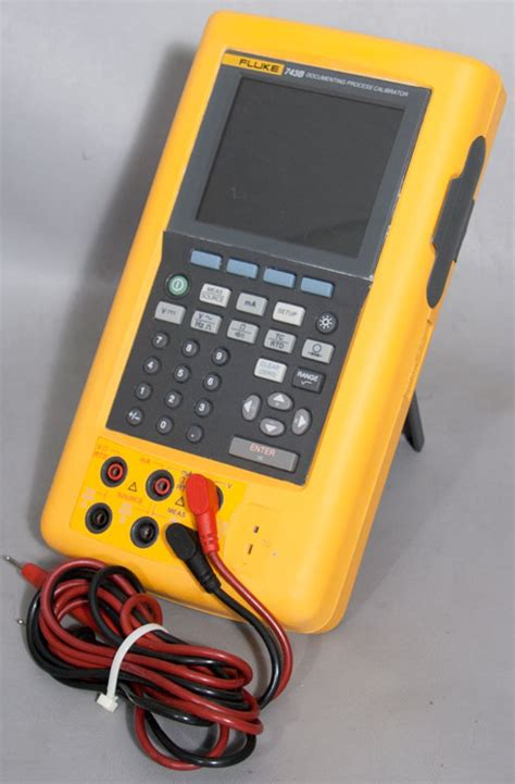 fluke  documenting process calibrator meter