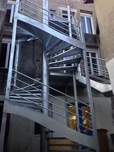 Escalier Métallique Industriel : escaliers ~ Melissatoandfro.com Idées de Décoration
