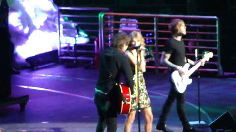 Boys Like Girls Ft. Taylor Swift