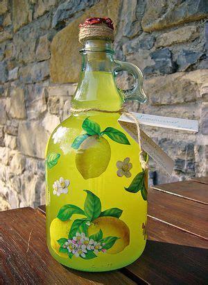 liquori fatti in casa ricette come decorare una bottiglia per i liquori fatti in casa