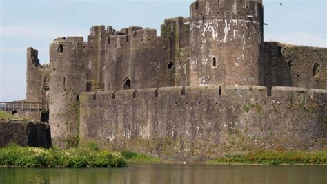gallery medieval castle curtain wall