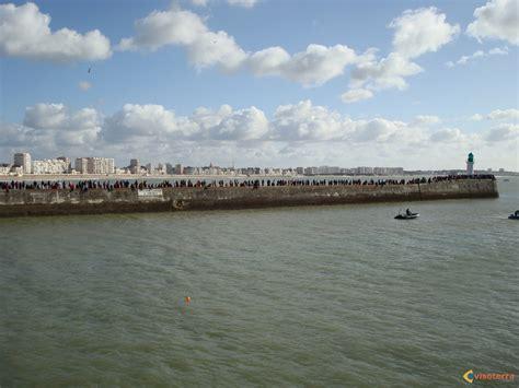 photo les sables d olonnes ville arriv 233 e du vend 233 e globe