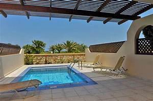 double room with side sea view vantaris palace hotel With katzennetz balkon mit hotel vantaris garden kreta