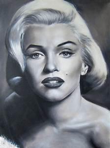 Marilyn Monroe Maße : marilyn monroe sa taille son poids combien mesure cette star ~ Orissabook.com Haus und Dekorationen