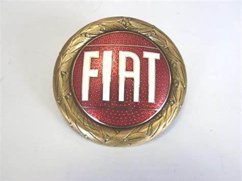 Fiat Emblem by Fiat Emblem Emailliert Rund Geschraubt 124 Spider Dino