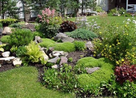 Garten Gestalten Bodendecker by Garten Gestaltung Beispiel Bruchsteine Stauden Bodendecker