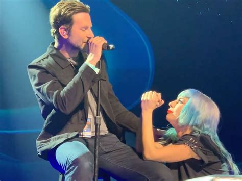 Lady Gaga & Bradley Cooper's Live 'shallow' Performance In