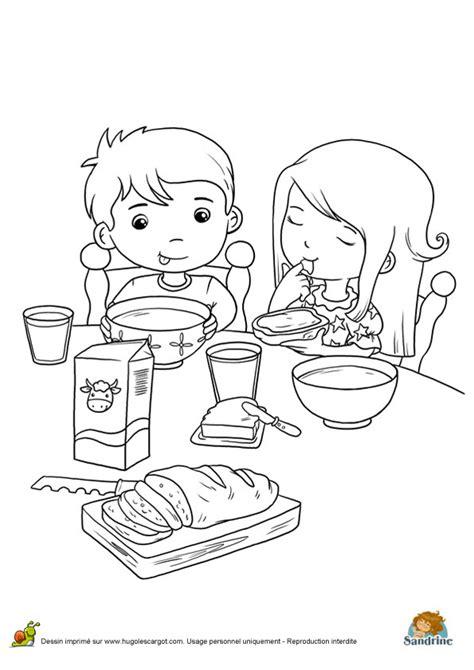 tablier de cuisine fait coloriage repas famille l sur hugolescargot com