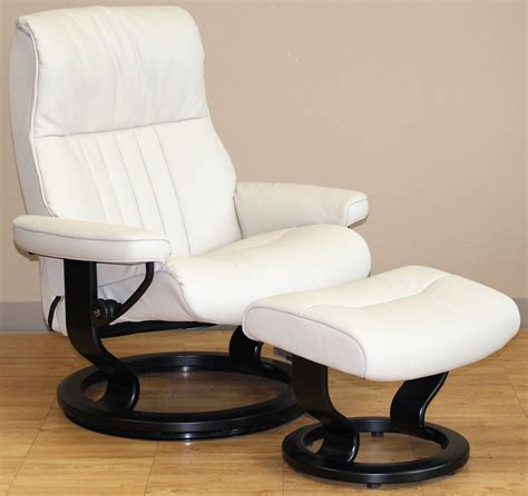 stressless crown cori vanilla white leather recliner chair