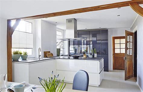Weiße Hochglanz Küche Zerox Grifflos