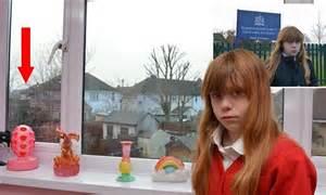 girl     school      window