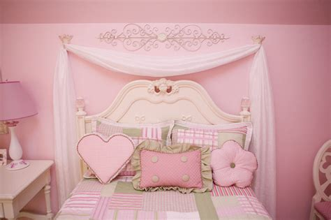 Pretty In Pink Little Girls Bedroom-traditional-kids