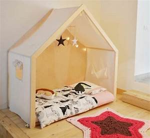 1001 idees pour amenager une chambre montessori With tapis chambre enfant avec modele de canape en tissus