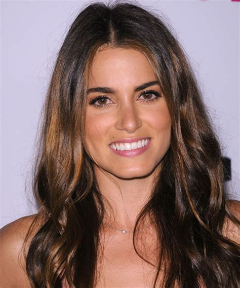 nikki reed hairstyles  oval square face shapes