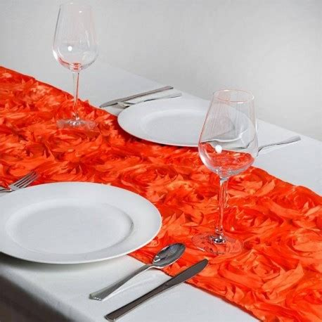 chemin de table orange chemin de table rosette orange les couleurs du mariage