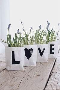 übertöpfe Selber Machen : diy blumentopf selber machen last minute geschenk the love of plants pinterest basteln ~ Frokenaadalensverden.com Haus und Dekorationen