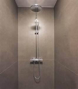 Dusche Statt Fliesen : hochwertige baustoffe duschen ohne fliesen fugen ~ Lizthompson.info Haus und Dekorationen